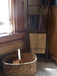 Farm Field Primitives: Bedroom Pics and Chair Redo
