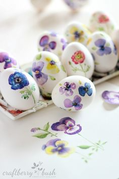 These gorgeous watercolor eggs by Lucy from Craftberry Bush are part of a trend we're seeing this year, of eggs as works of art.
