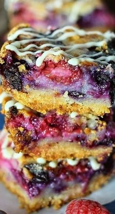 Red White Blueberry Pie Bars