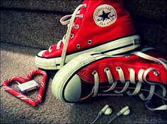 RED red convers, pink flowers, boot, fashion shoes, clown, red shoes, colors, converse, blog