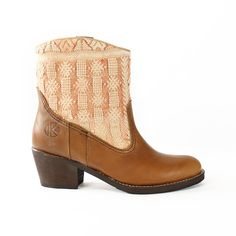 love these boho boots