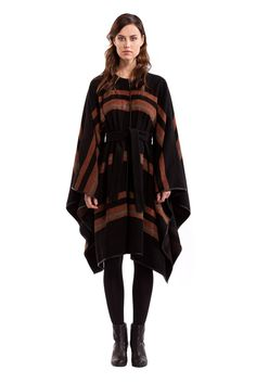 Stay warm & stylish this winter in this Morgan Carper cape