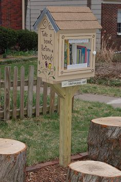 Little Free Library.  MISSOURI, Kansas City #4943 For more information on the Little Free Library Project: http://www.littlefreelibrary.org/