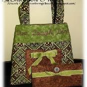 La Petite purse - via @Craftsy