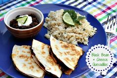 Mommy's Kitchen: Black Bean & Cheese Quesidillas {Meatless Meal}