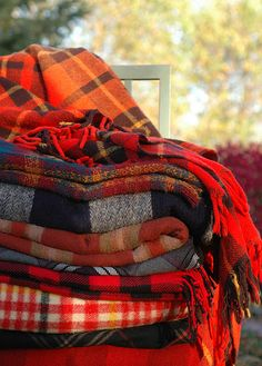 plaid blankets...fall essentials.