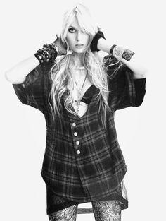 Taylor Momsen #style #rock #grunge #momsen #beauty