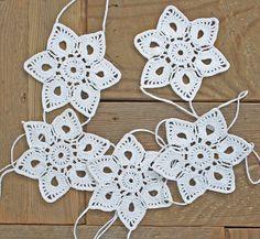 Crochet Garland, Window Hanging, Snowflake Garland, Christmas Garland, white.