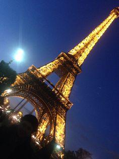 Eiffel Tower Paris no filter