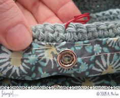 Sew a lining into a crochet bag