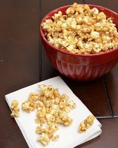 peanut butter caramel popcorn. peanut buttery, soft caramely, popcorn made in the microwave and a perfect snack!