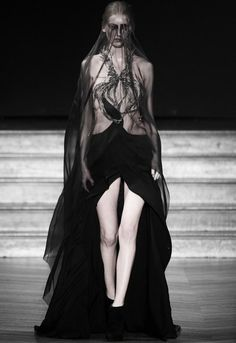 costumes, catwalks, dress fashion, couture, amen fashion, dark black, fashion runway, costum inspir, gothic fashion