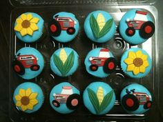 Case IH tractor cupcakes