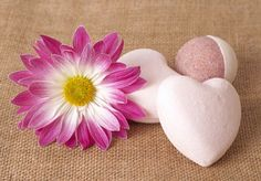 Create your own bath bombs using fillable ornaments