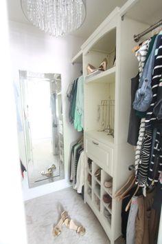 Walk In Closet - How to Maximize Your Closet Storage