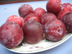 I just love plums