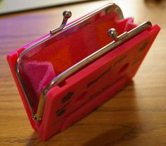 Upcycle Cassette tape coin purse.