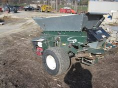 Turfco 1530 Wide Spin Topdresser - For Sale - $ 4500