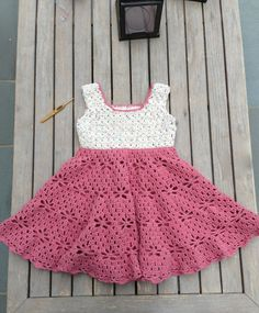 Little Girl Vintage Dress Free Pattern « The Yarn Box