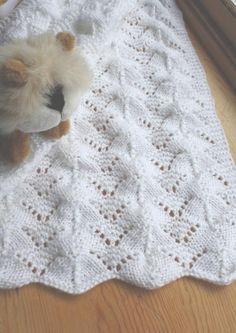 Free Knitting Baby Blanket Patterns | Reversible Lace ... by Rukodelnitsa | Knitting Pattern