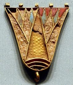 Lotus Counterpoise. New Kingdom, Dynasty 18 Reign of Thutmose III, 1479–1425 BC