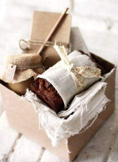 Picnic Food / Wedding Style Inspiration / LANE