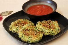 Healthy Zucchini Recipes That Taste Like Guilty Pleasures put Italian seasoning and pram cheese in place of bay seasoning.  Brushed tops with olive oil.