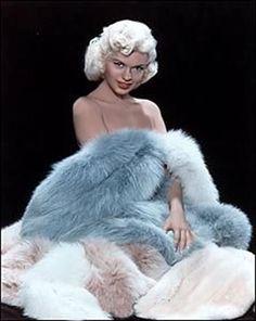 Vintage Jane Mansfield in Dusk Blue