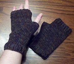 men's fingerless gloves: free pattern