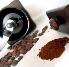 Coffee is good for waking you up in the morning, and it can provide a much-needed wake up call for your hair as well. Coffee brings out the red and brown highlights in dark hair and can cover and blend in gray. You can add shine, facets and dimension to your hair using a simple coffee mix that does not contain any chemicals or unnatural ingredients.