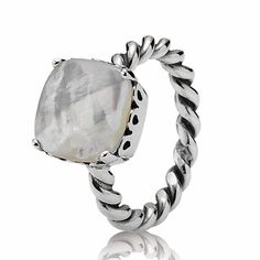 Beautiful PANDORA Ring! Mother of Pearl & Sterling silver great for everyday ONLY $55.00!