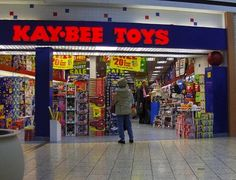 KAY•BEE TOYS bees, memori, christmas presents, toys r us, 35 thing, childhood, first place, kaybe toy, kid