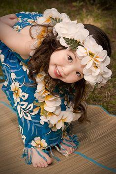 hula girl , keiki peeking