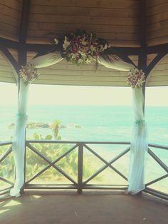 Laguna beach wedding #bellablooms
