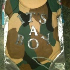 Camo baby shower cake. I love it!