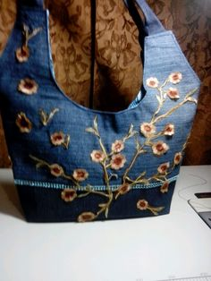 denim bag with posies all over