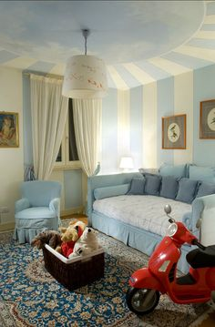 im a big sifa bed person! this looks divine! #SocialCircus Kids bedroom Sofa Bed. Love the painted ceiling.