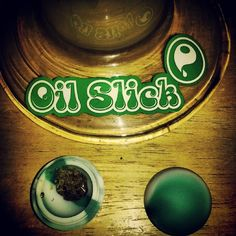 The Classic Oil Slick Ball #oilslick #classicgreenandwhite #oilslickball #oilslickballs #oilslickpads #oilslickstyle #oilslickdabs #710 #BHO #dabs #errl #420