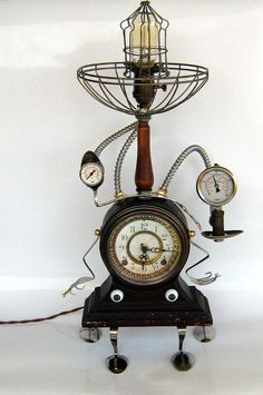 Steampunk music box table lamp