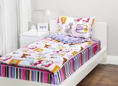 Zipit Bedding Mix 'N Match with Sweet Stuff and Fantasy Forest! Zipit Bedding is America's FIRST all-in-one zippered bedding that will forever change the way people, of ALL ages, make their beds! Simply put, it works like a Sleeping Bag… you just Zipit!