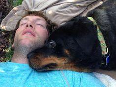 A photo of David Backes @ dbackes42 with his dog Rodney via Twitter.