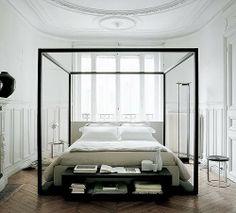 Unnecessarily huge bed
