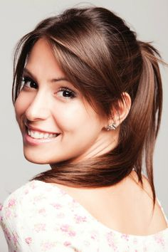 Casual Elegant Pony Tail Hairstyle