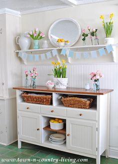 Cottage-Style-in-Farmhouse-Kitchen