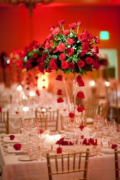 pretty rose centerpieces