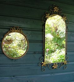 Love using mirrors in the garden.