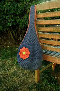 A lovely market bag. Free #crochet pattern at Ravelry.com