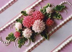 Wow... buttercream flowers.. beautiful
