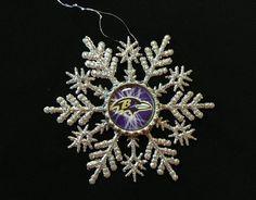 Ravens Themed Glitter Snowflake Ornament (0001)