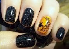 Halloween Manicure  #halloween #nails #nailpolish #mani #naildesign #nailart #halloweennails